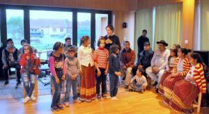 Elijah Sozialprojekt-mit Tanz u Gesang